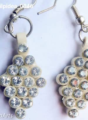Quilled Rings Earrings White With Crystals